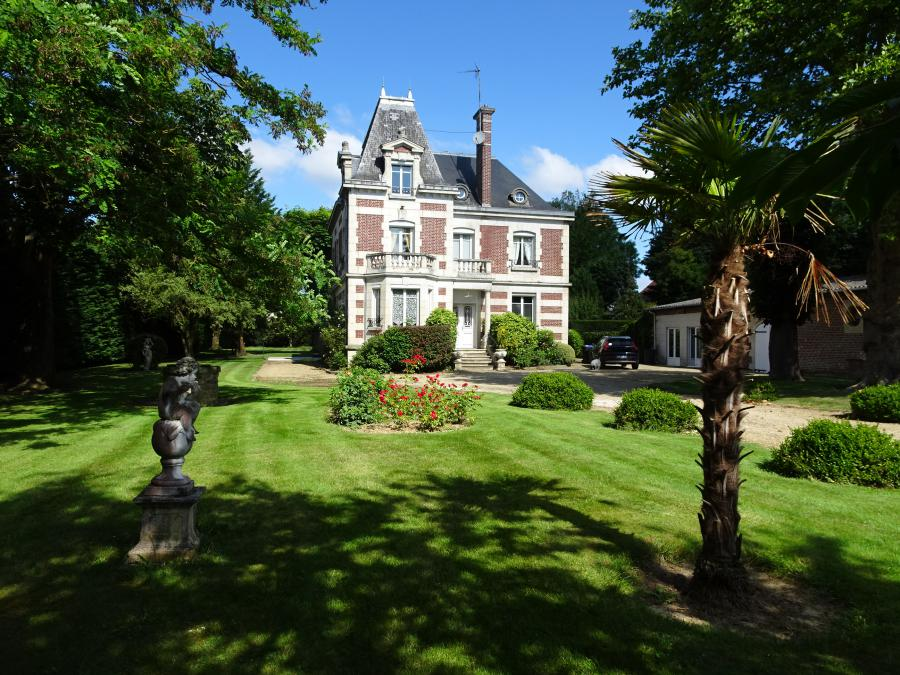 Mansion in GUISCARD