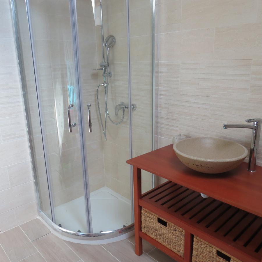 Photo 4 - Salle de bains