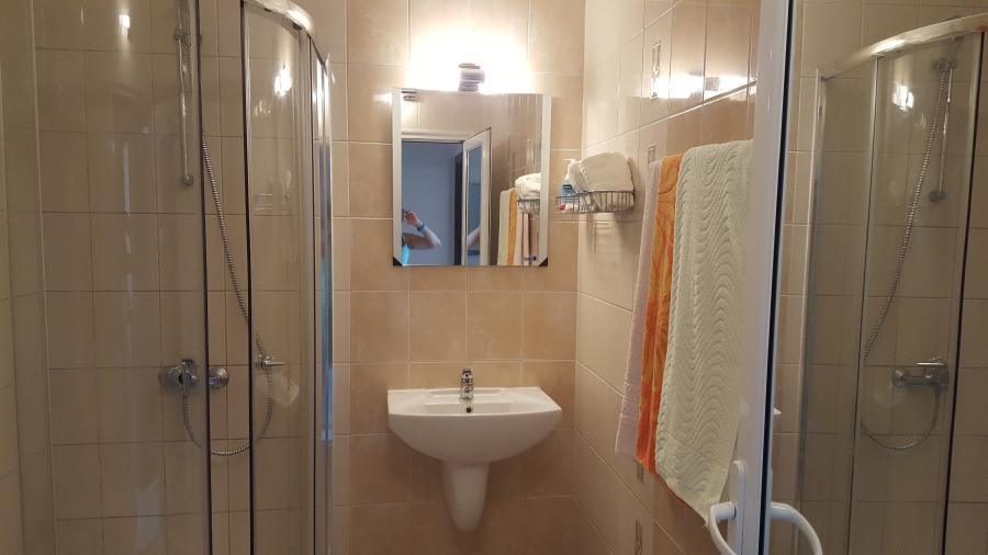 Photo 9 - Salle de bains