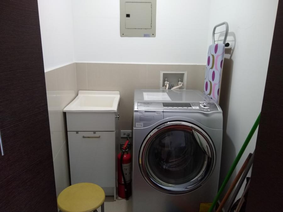 Photo 4 - Laundry room