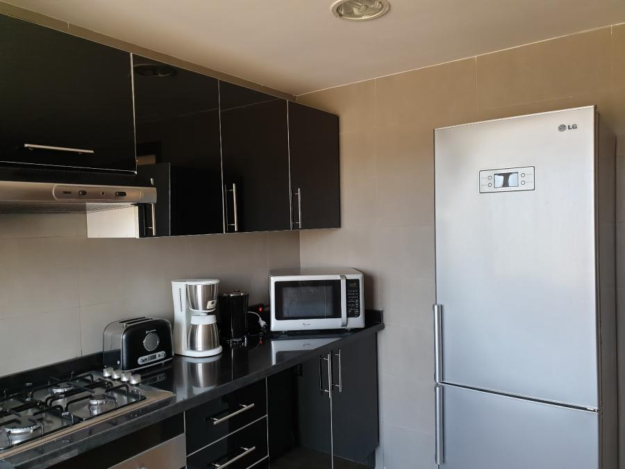 Photo 10 - Equipped kitchen