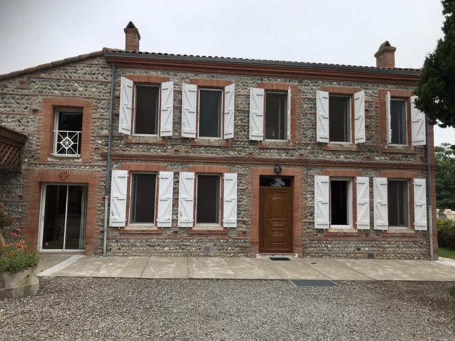 Very nice mansion (10 rooms - 290 sqm) in LAVERNOSE LACASSE