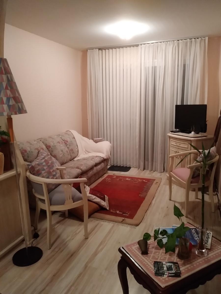 Foto 6 - Salon