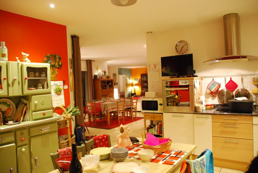 Photo 7 - Fitted kitchen