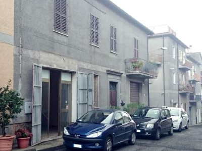 Commercial space (75 sqm) in SAN LORENZO NUOVO