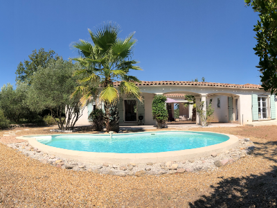 Superb villa (6 rooms - 150 sqm) in ST PAUL EN FORET