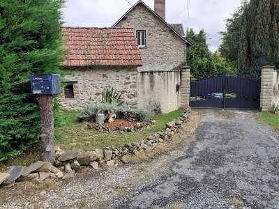 Nice estate (4 rooms - 140 sqm) in BRIVE LA GAILLARDE