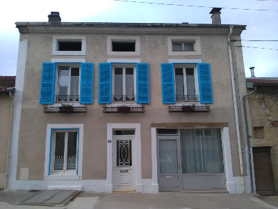 Nice old house (7 rooms - 235 sqm) in MONTHUREUX SUR SAONE