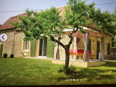 Old house (4 rooms - 97 sqm) in LALINDE