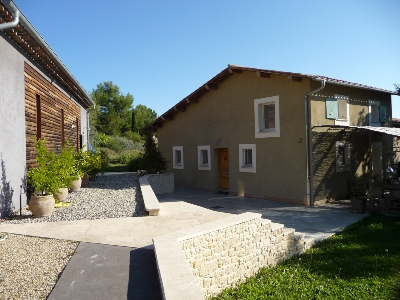 Contemporary house in 04230 FONTIENNE